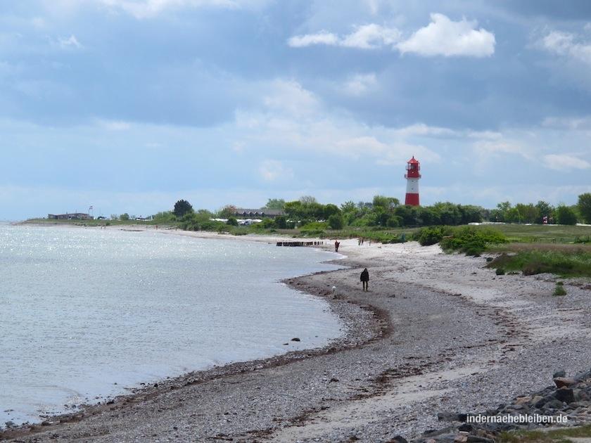 Nach 5 km Einsamkeit kommt der Leuchtturm von Falshoeft