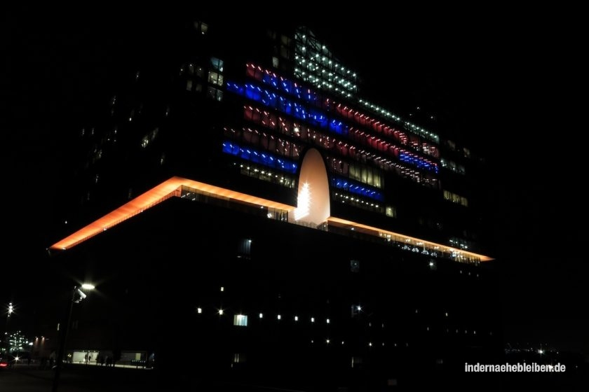 Elbphilharmonie nachts
